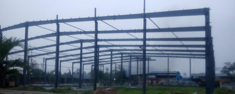 The steel structure warhouse of Prorich Products Nigeria is about to be finished. 11.07.2017